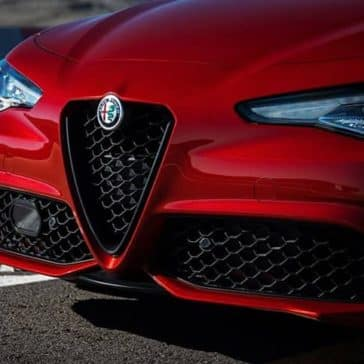2019 Alfa Romeo Giulia head lights