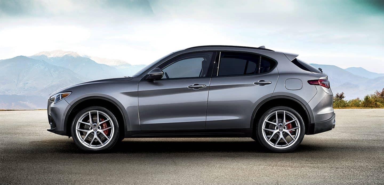 2019 Alfa Romeo Stelvio profile view