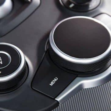 2019 Alfa Romeo Stelvio controls