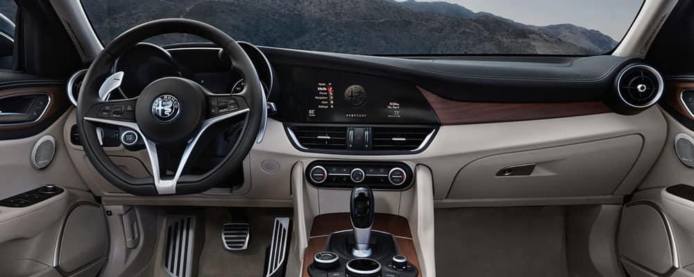 2019 Alfa Romeo Giulia Interior Features