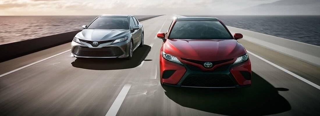 2017 Toyota Camry Models front view