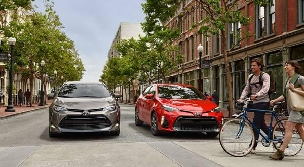 2017 Toyota Corolla models front view