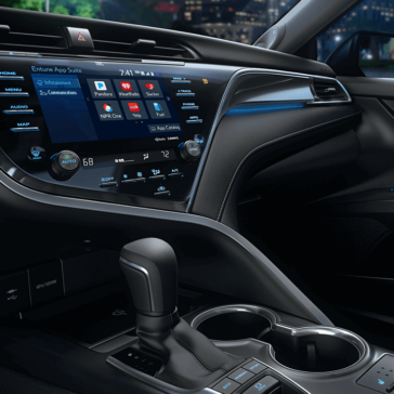 2018 Toyota Camry front interior features