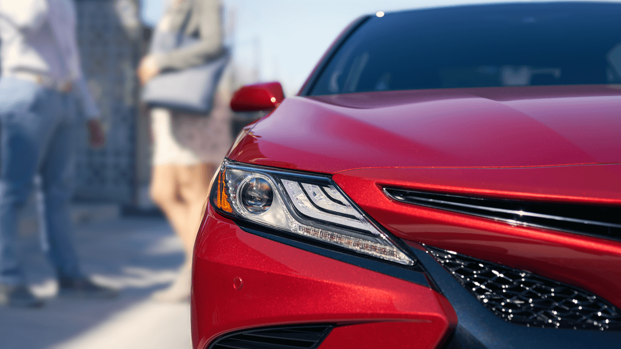 2018 Toyota Camry exterior up close