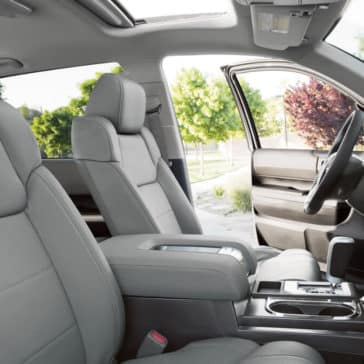 2018 Toyota Tundra front interior