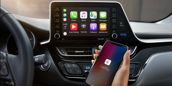 2019 C-HR Apple CarPlay