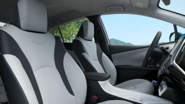 2018 Toyota Prius interior seating Fruit Cove, FL