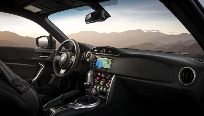 The comfortable interior of the 2019 Toyota 86