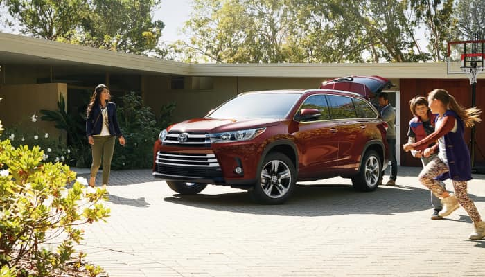 Stay safe inside the 2019 Toyota Highlander