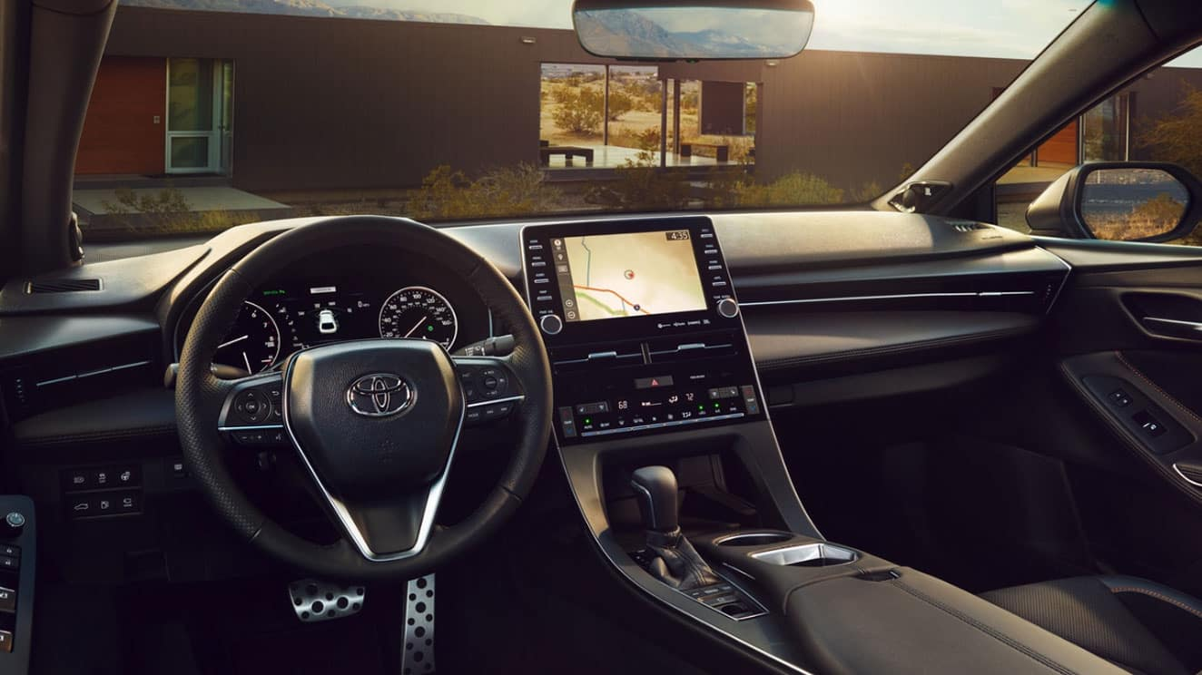 2019 Toyota Avalon Tech vs Camry Jacksonville, FL