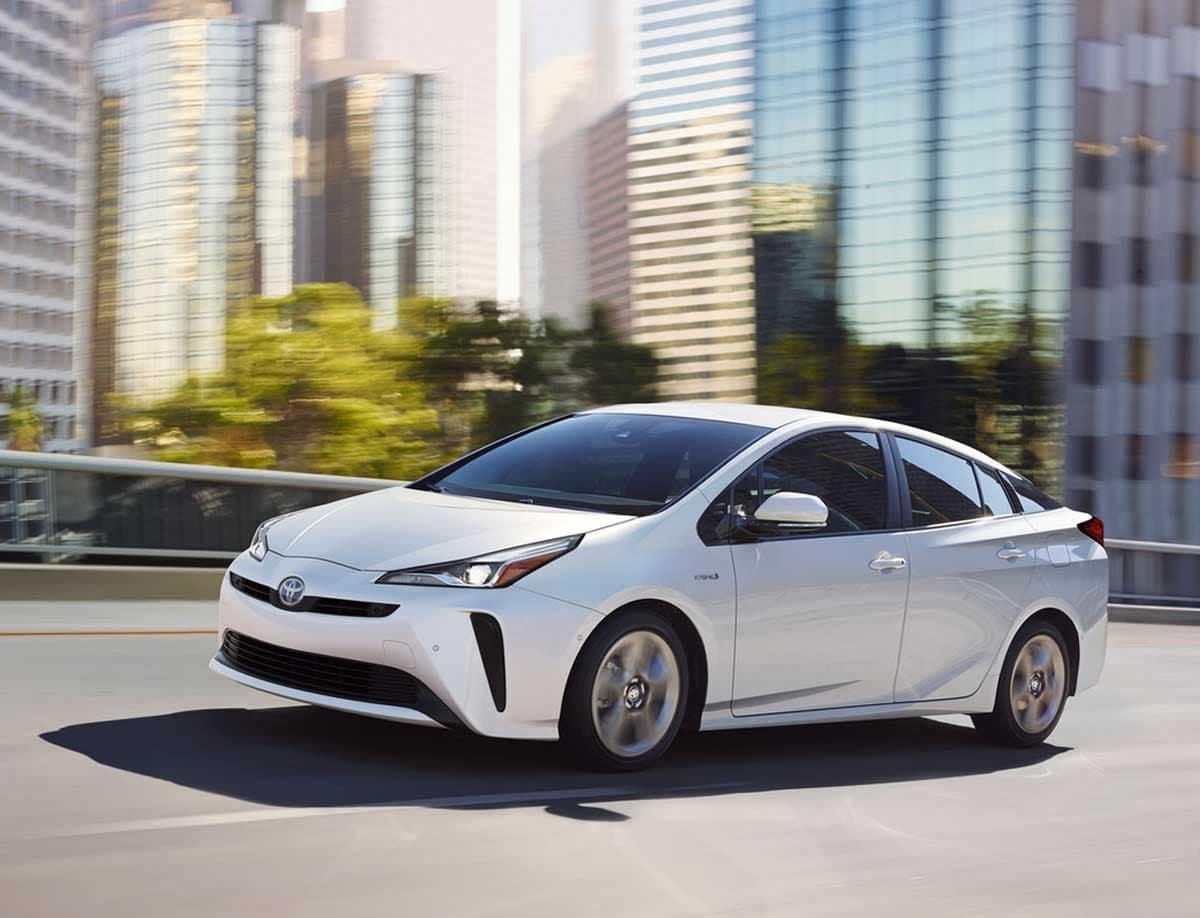 2019 Toyota Prius Performance & Fuel Economy