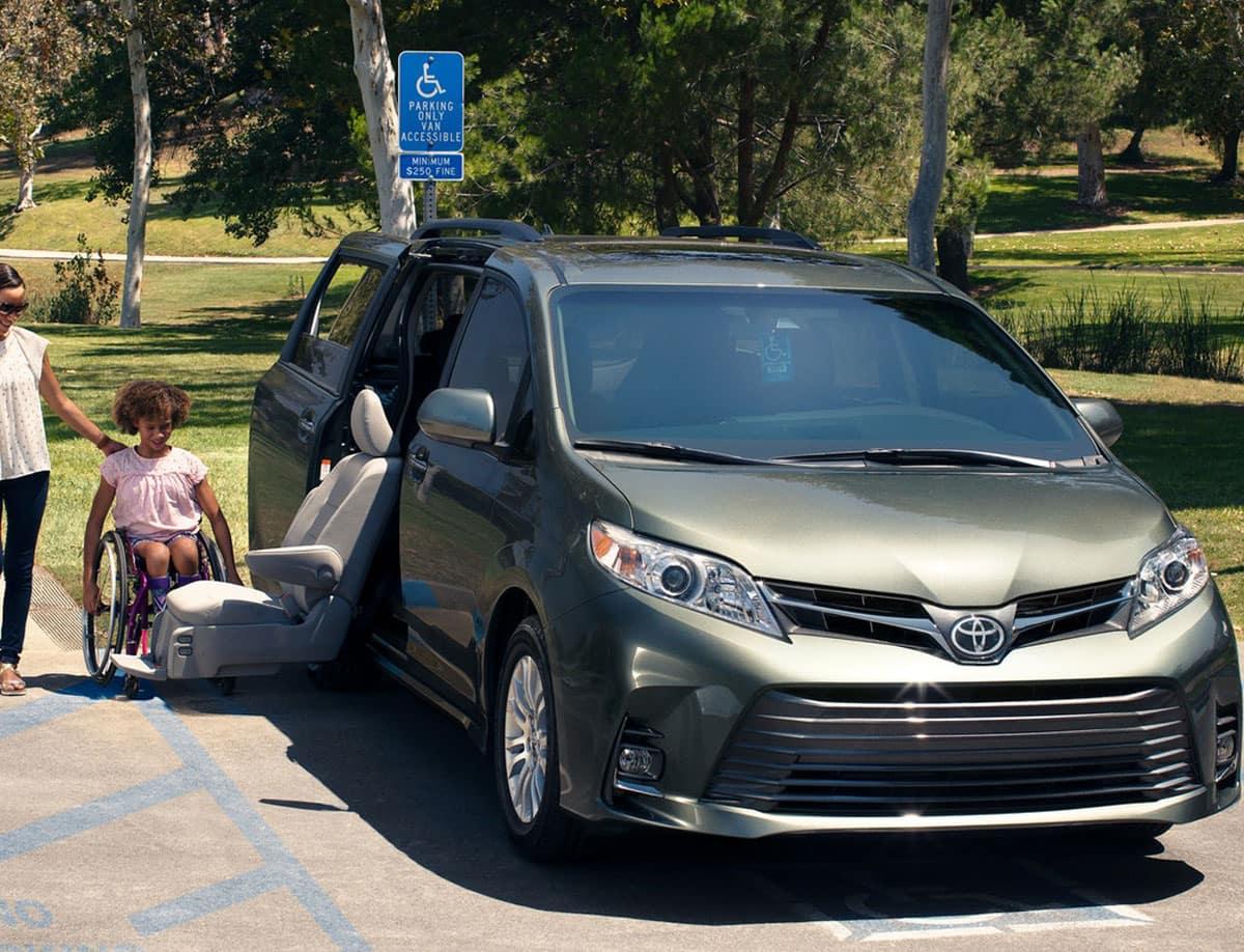 2019 Toyota RAV4 vs 2019 Toyota Highlander Comparison for