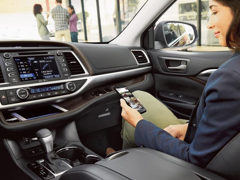 The spacious interior of the 2019 Toyota Highlander