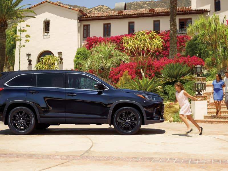 2019 Toyota Highlander vs 2019 Toyota RAV4 Performance & Fuel Economy