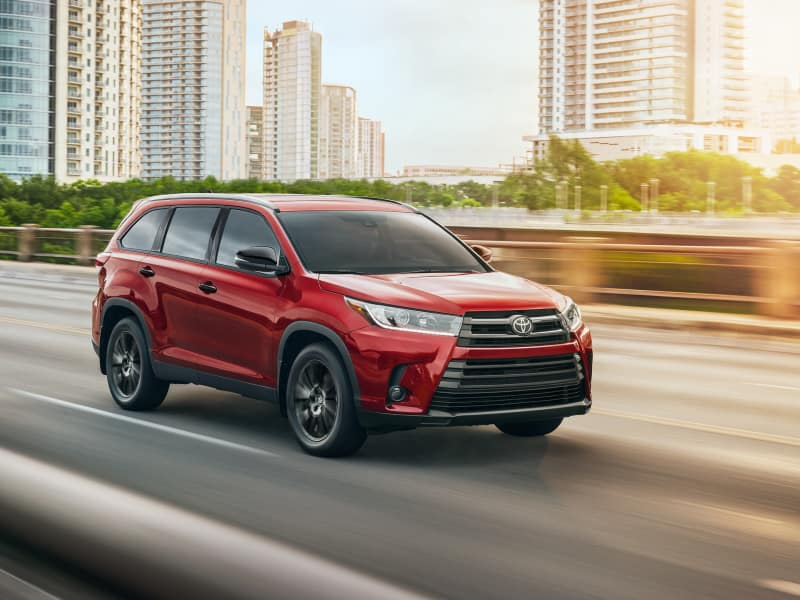 2019 Toyota Highlander vs 2019 Toyota RAV4 Technology Features