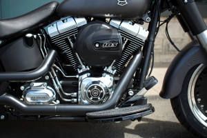 2016 Softail Fat Boy Lo engine