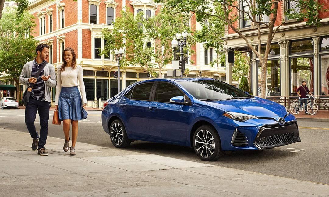 2017 Toyota Corolla side profile