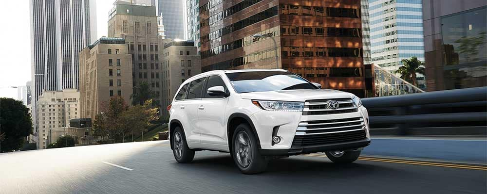 2019 Toyota Highlander on the city streets