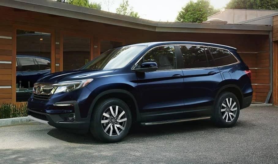 2019 Honda Pilot parked