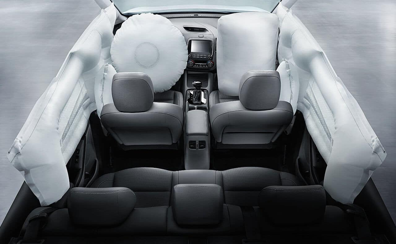2018 Kia Forte Airbags