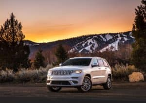 Jeep Grand Cherokee Summit in Bright White