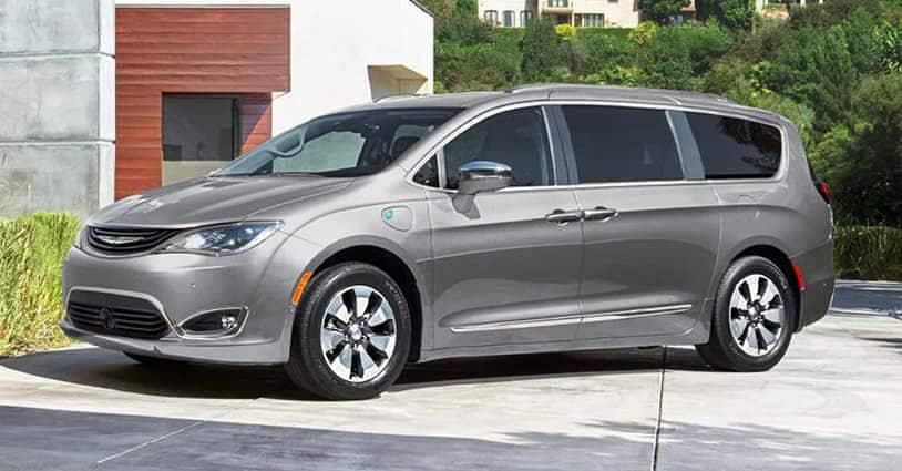 New 2019 Pacifica CDJR of South Savannah