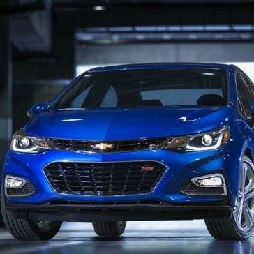 2017-Chevy-Cruze-Premier-Kinetic-Blue-
