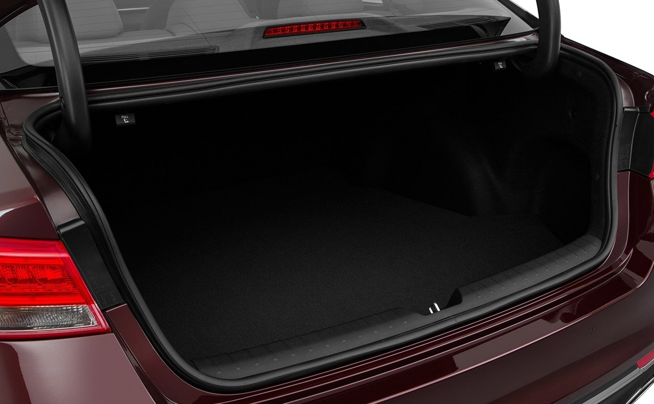 2018-kia-optima-trunk