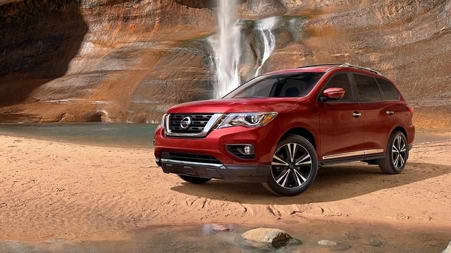 2017 Nissan Pathfinder 20 inch wheels
