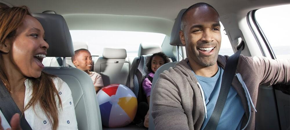 2017 Volkswagen Passat Interior Family driving