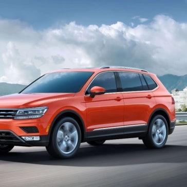 2018 Volkswagen Tiguan Exterior Parked
