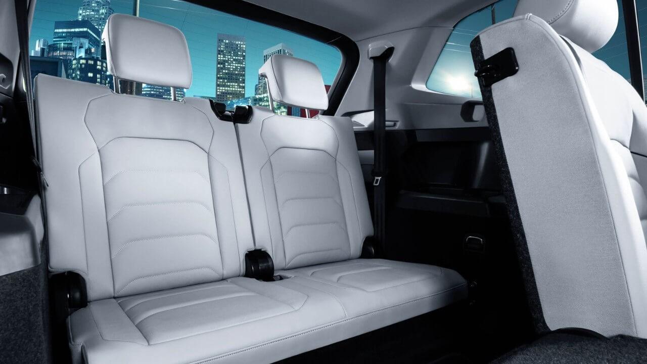 2018 Volkswagen Tiguan interior Back Seat