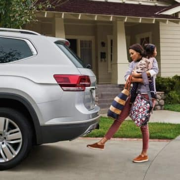 2018 Volkswagen Atlas Sideview Hands free Assist
