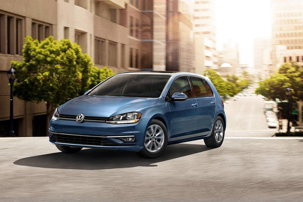 2018-Volkswagen-Golf-Gallery-7