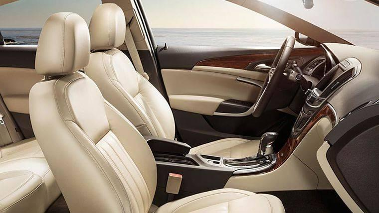 2017 Buick Regal interior Lexington, KY