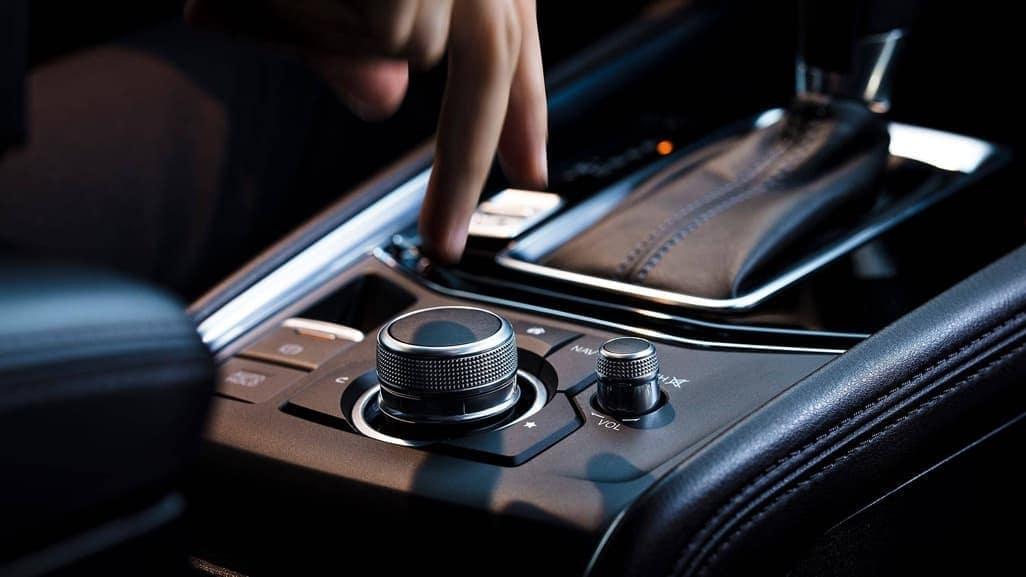 2019-Mazda-CX-5-Interior-02
