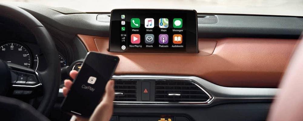 2019-Mazda-CX-9-Interior-04
