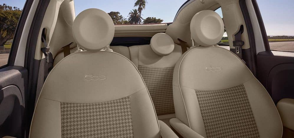 2018-fiat-500-interior