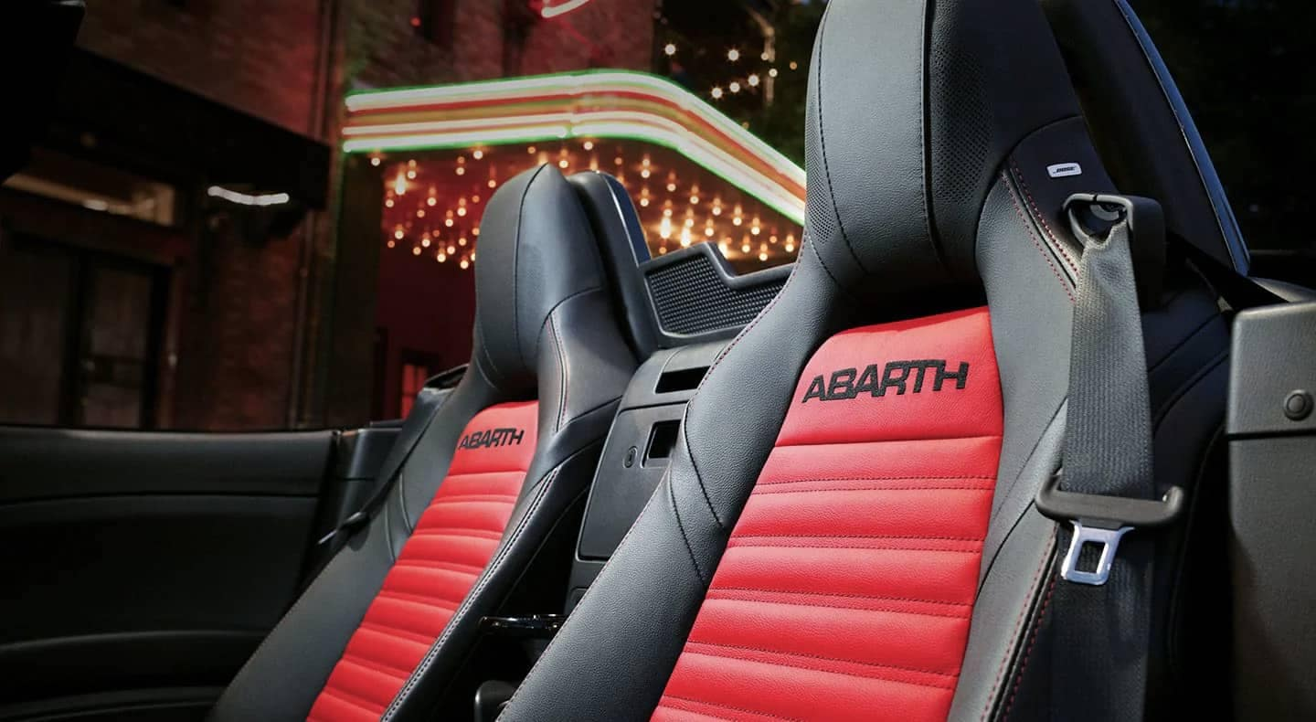 2019 FIAT 124 Spider Abarth seating