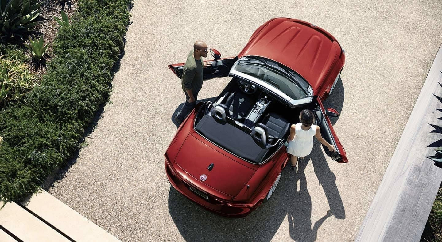 2019 FIAT 124 Spider top down view