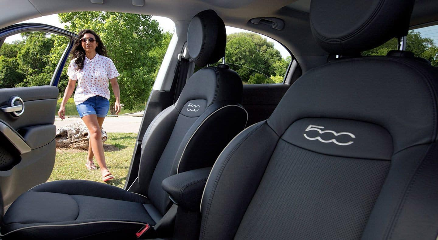 2019 FIAT 500X front seats