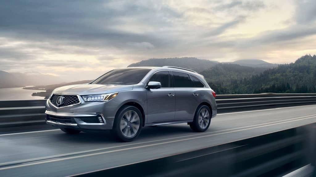 Acura MDX 2019 advance-lunar silver metallic speeding