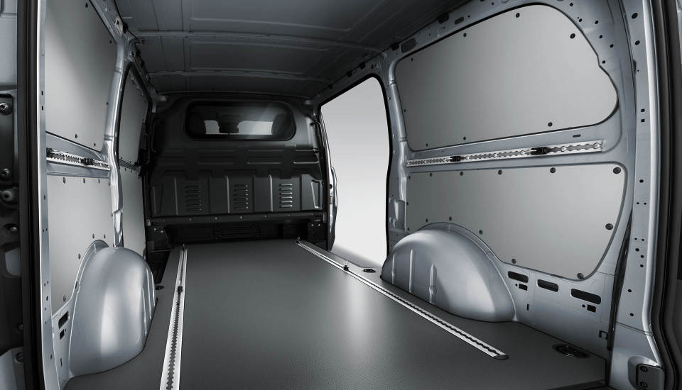 The 2018 mercedes benz metris van fletcher jones imports for Mercedes benz chicago service center