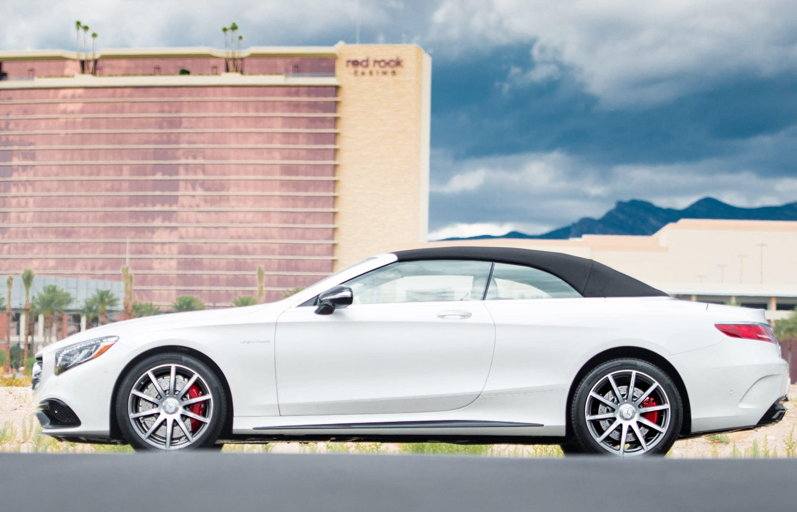 Schedule mercedes benz service las vegas spring valley for Mercedes benz maintenance schedule