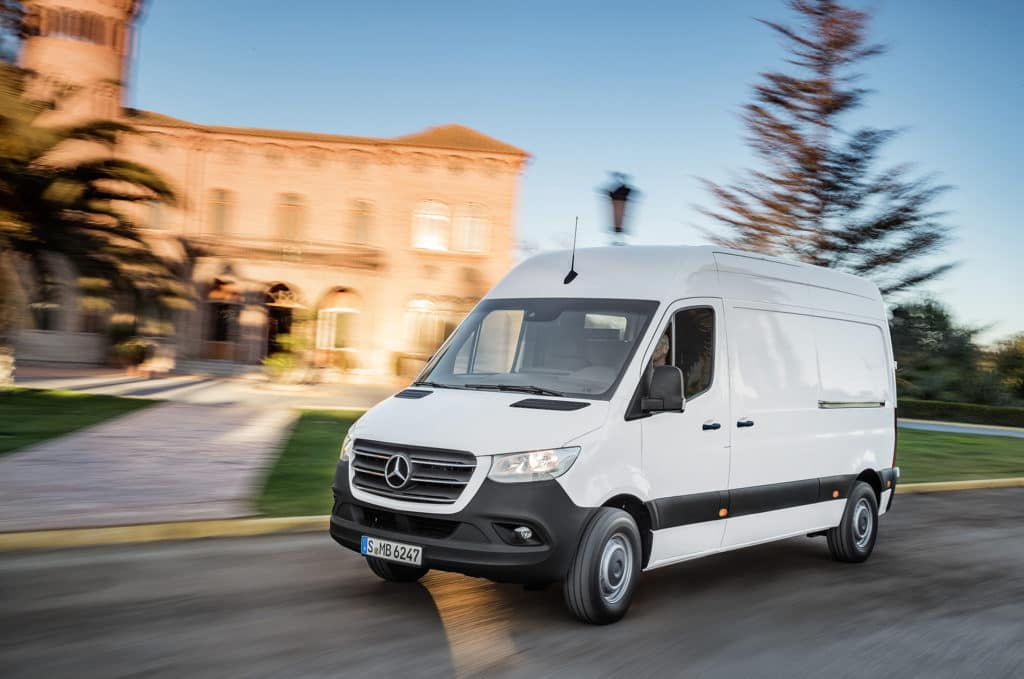 b2dd3c1a7e5ebe 2019 Mercedes-Benz Sprinter Will Feature Next Generation Technology