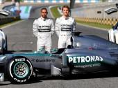 Mercedes Dominating 2016 Formula 1 Season