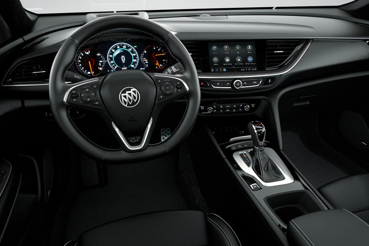 2020 Buick Regal Sportback Vs 2019 Lincoln Mkz