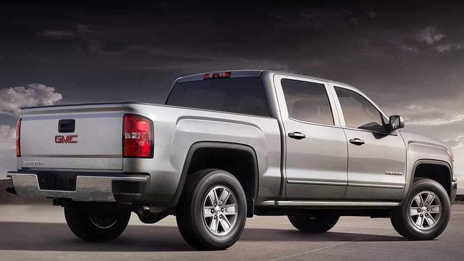 Performance Features of the New GMC Sierra-1500 at Garber in Fort-Pierce, FL