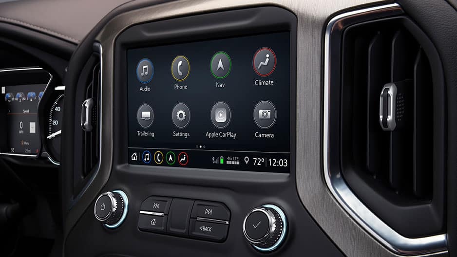 Technology Features of the New GMC Sierra 1500 at Garber in Fort Pierce, FL