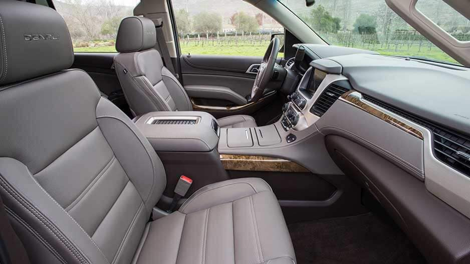 Interior Features of the New GMC Yukon at Garber in Fort-Pierce, FL